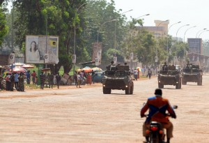 French army armored vehicles patrol in Bangui on November 29, 2013 (AFP Photo/Sia Kambou)