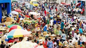 Award-winning-Nigerian-author-Chibundu-Onuzo-visited-Accra-the-vibrant-capital-of-Ghana.-Here-traders-ply-their-wares-at-Makola-Market-the-citys-main-market-and-shopping-district..jpg