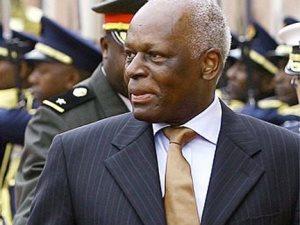 Angolan President Eduardo Dos Santos
