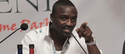 African American artiste Akon speaks at a press conference in Nairobi in this file photo. The celebrity has rolled out an ambitious plan to power one million African homes by the end of 2014.