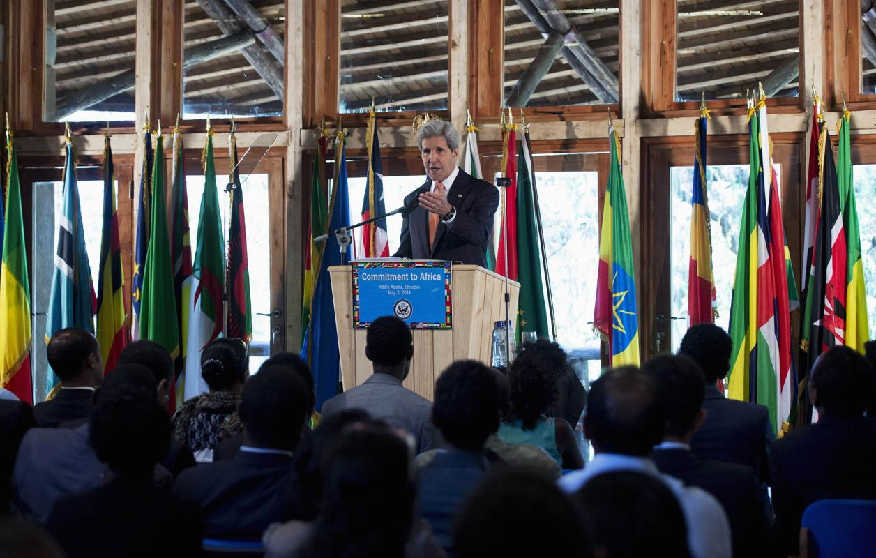 U.S. Secretary of State John Kerry speaks about U.S. policy in Africa at the Gullele Botanic Park in Addis Ababa May 3, 2014. REUTERS/Saul Loeb/Pool (ETHIOPIA - Tags: POLITICS