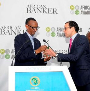 m_Kagame-receives-AfDB-special-recognition-award