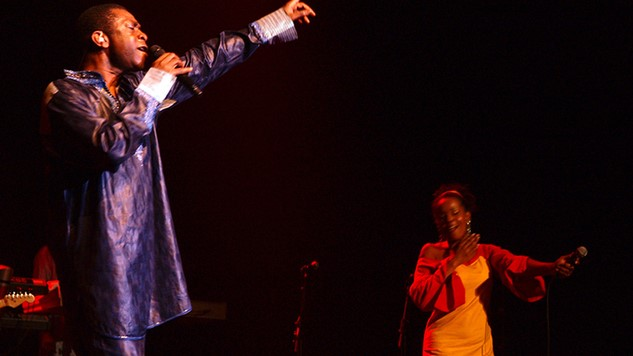 Youssour Ndour sings for peace in Central Africa