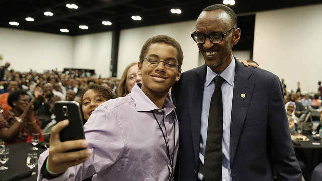 President Kagame poses for a selfie with one of the particiapants at Rwanda Day celebrations in Atlanta, U.S. on Saturday