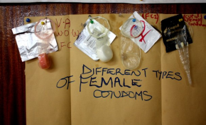 Photo: Marlies Pilon/RNW Different types of female condoms.