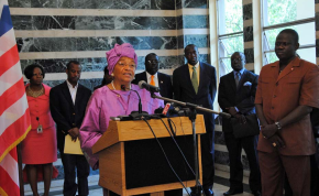 Photo: Liberia Government President Ellen Johnson Sirleaf and members of her cabinet (file photo).