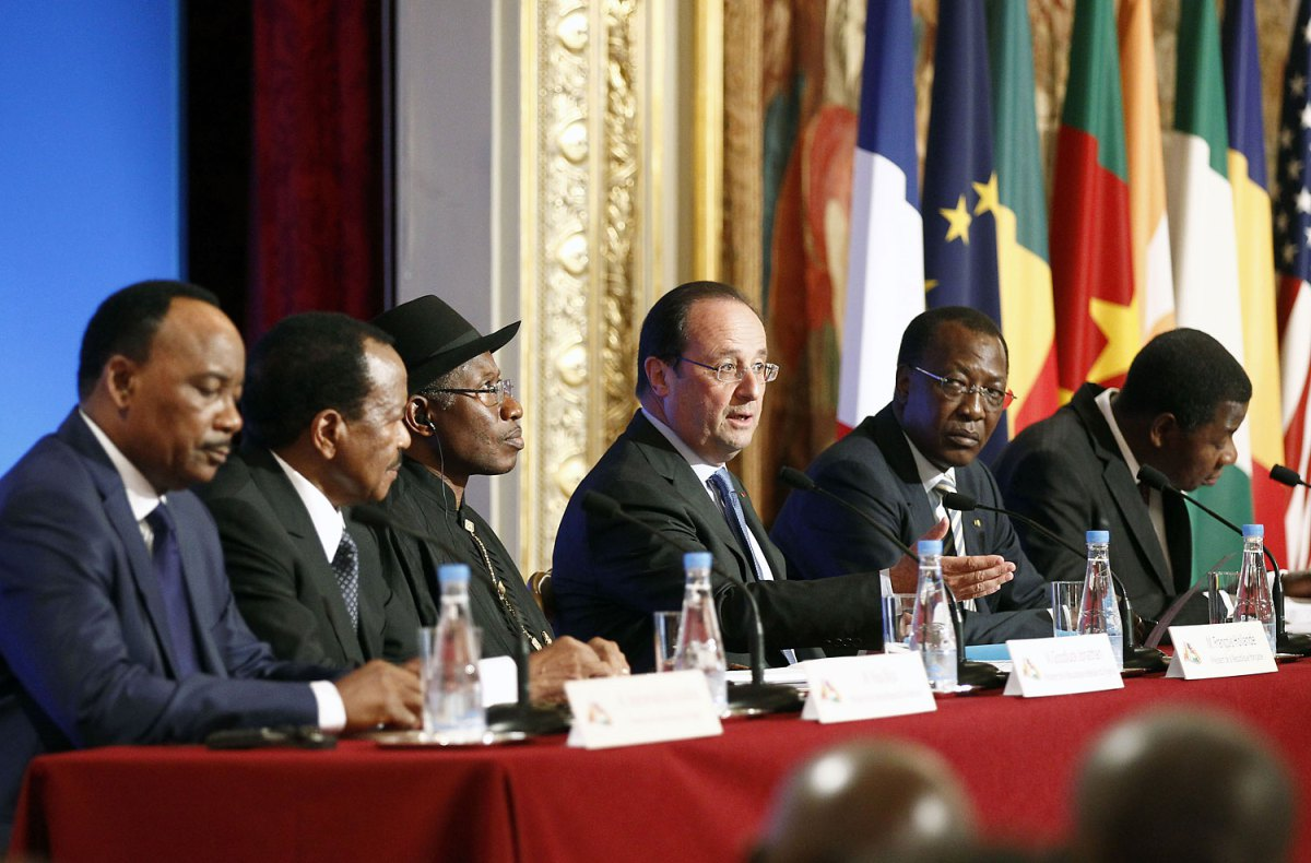 From left: Niger's President Mahamadou Issoufou, Cameroon's President Paul Biya, Nigeria's President Goodluck Jonathan, French President François Hollande, Chad's President Idriss Déby and Benin's President Thomas Boni Yayi attend a joint press conference at the Élysée Palace in Paris on May 17, 2014 Thierry Chesnot—Getty Images
