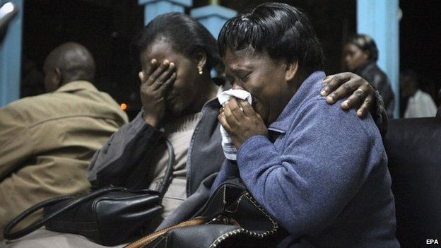 The bodies of the 19 men and nine women were airlifted to Nairobi, where grieving family members waited
