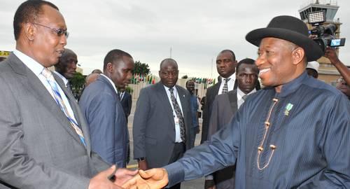 President Idriss Deby greeting President Goodluck Jonathan in N'Djaména State House Photo