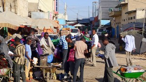 Traders and shoppers in the central market in Hargeisa