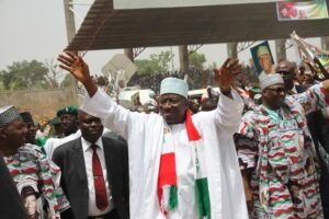 793x529xPresident-Goodluck-Jonathan-at-Kwara-PDP-rally1.jpg.pagespeed.ic.n-1bQOF5Cl