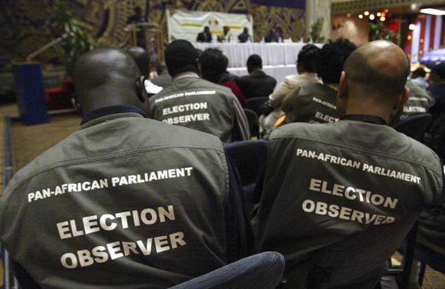 Members of the SADC, Pan African election observers and journalists listen as ZEC chairman Chiweshe speaks in Harare