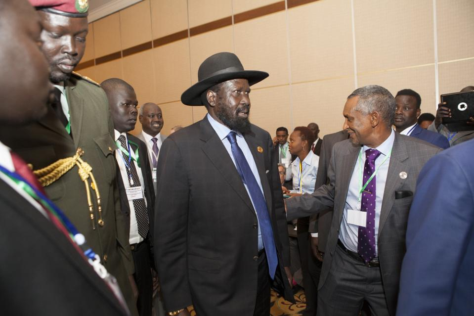 South Sudan's president Salva Kiir arrives to attend the Intergovernmental Authority on Development (IGAD) 29th Extraordinary Summit, on January 29, 2015 in Addis Ababa (AFP Photo/Zacharias Abubeker)