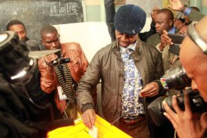 Patriotic Front presidential candidate Edgar Lungu votes in Lusaka on January 20, 2015 in Lusaka (AFP Photo/Salim Dawood)