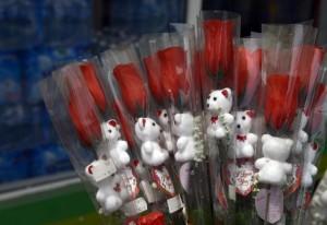 Valentine flowers are on sale at a Lagos supermarket on February 12, 2015 (AFP Photo/Pius Utomi Ekpei)