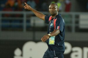 DR Congo coach Florent Ibenge celebrates at the end of the Africa Cup of Nations match against Congo in Bata on January 31, 2015 (AFP Photo/)