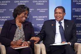 Linda Thomas-Greenfield and President Kikwete of Tanzania