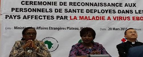 news-ebola_doctors_2