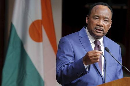 Issoufou Mahamadou, President of Niger, answers a question from a student in the audience following a speech at the John F. Kennedy School of Government at Harvard University in Cambridge, Massachusetts April 3, 2015. REUTERS/Brian Snyder
