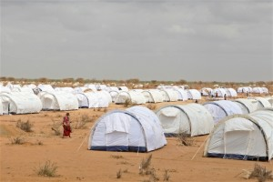 Photo: John Ndiku/OCHA Some 350,000 refugees live in eastern Kenya's Dadaab complex