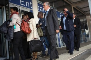Delegates arrive for the start of the second day of the World Economic Forum meeting on Africa in Cape Town on June 4, 2015 (AFP Photo/Rodger Bosch)
