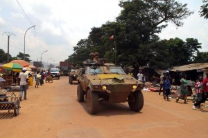 A convoy of French Operation Sangaris vehicles drives through Bangui's Combattant district on September 14, 2015. AFP PHOTO / EDOUARD DROPSY (AFP Photo/Edouard Dropsy)