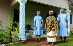 Queen Mother Mama Agblatsu of Bankoe with two nuns CREDIT: NYANI QUARMYNE