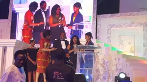 Koye Sowemimo, Head of Corporate Marketing and Abosede Modupe Alimi, Corporate Citizenship Manager of Samsung Electronics West Africa receives the Award for Best Company in Youth Focused CSR at the 2015 SERAS Awards