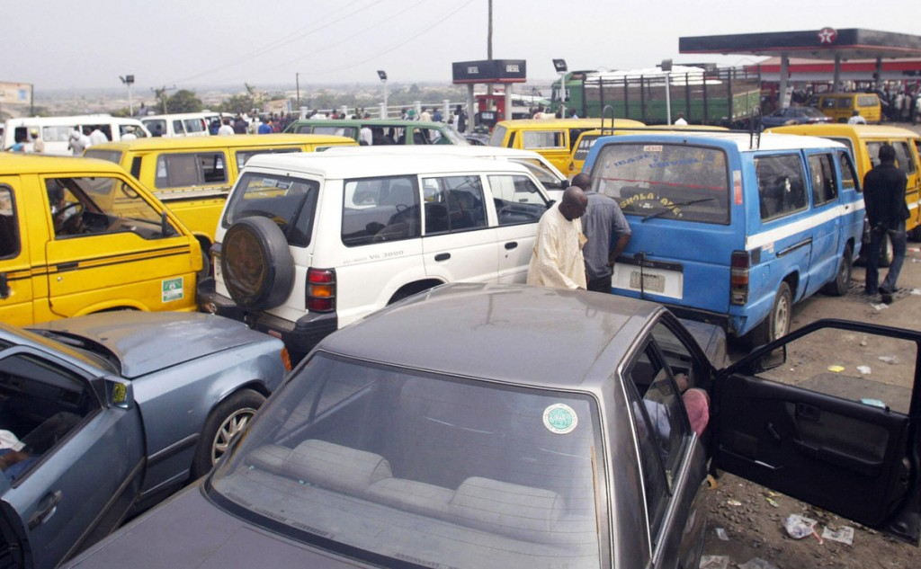 Cars jam a gasoline station waiting for fuel in Lagos, Nigeria. Source: AFP via Getty Images