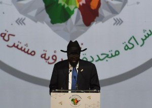 South Sudan's President Salva Kiir Mayardit addresses delegates during The India-Africa Summit in New Delhi on October 29, 2015 (AFP Photo/Money Sharma)