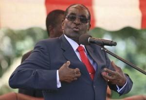 Zimbabwe's President Robert Mugabe addresses the ZANU-PF party's top decision making body, the Politburo, in the capital Harare, February 10, 2016. REUTERS/Philimon Bulawayo