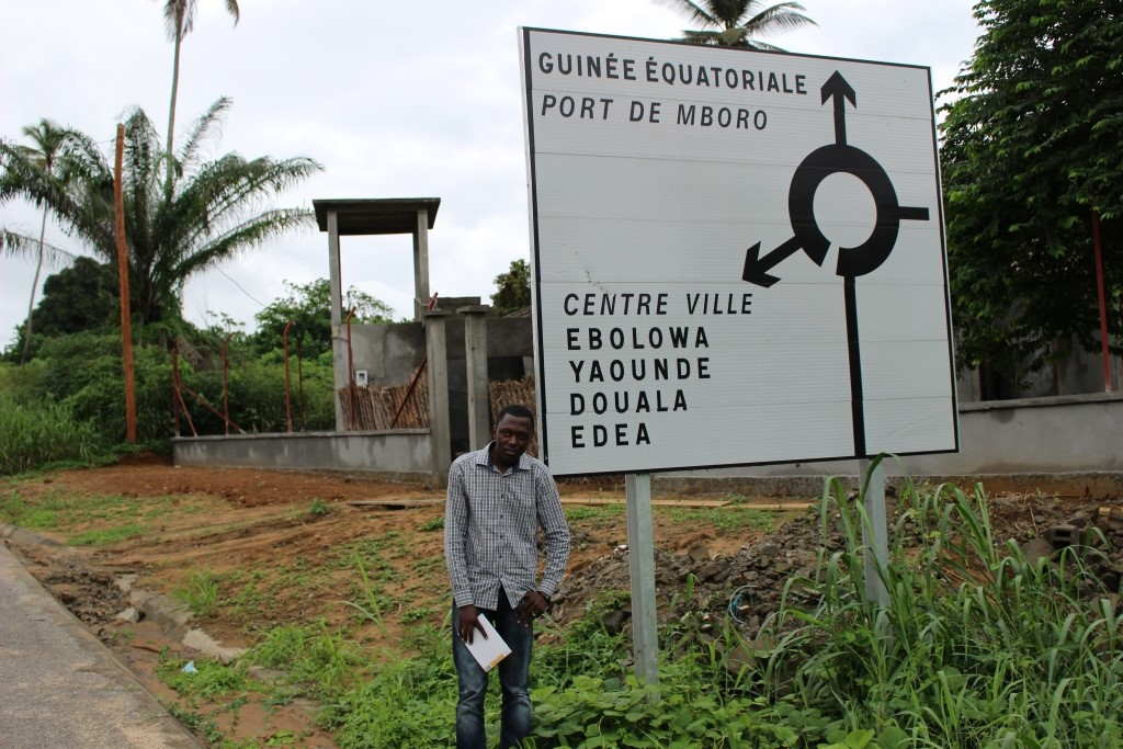 Pan African Visions reporter, Amos Fofung covering border crisis between Cameroon and Equatorial Guinea (photo, Amos Fofung)