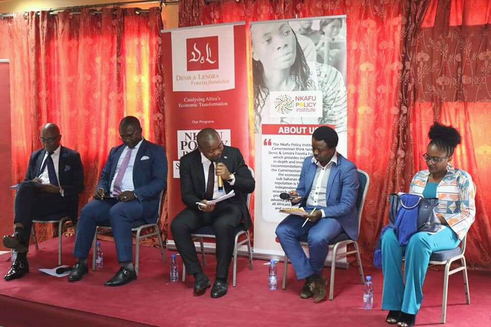 Experts discussing if Cameroon benefits from ACFTA. Photo Boris Esono Nwenfor, PAV