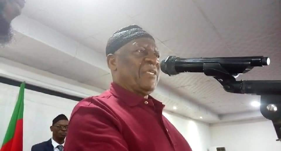 SDF Chairman Ni John Fru Ndi says the party will boycott November session should Biya fail to end the crisis