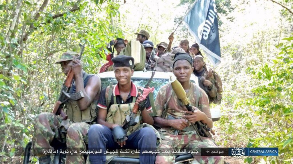 Mozambique: Islamic State release first clear and explicit images ...