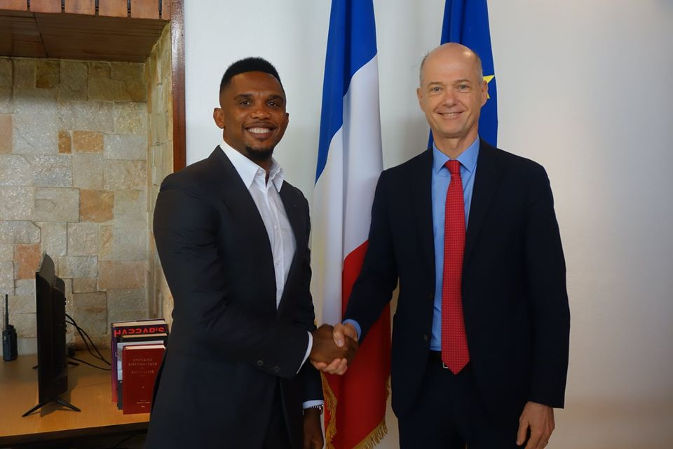 France ambassador to Cameroon, Christophe Guihou with Samuel Eto'o after this week's meeting (photo: Christophe Guihou/twitter)