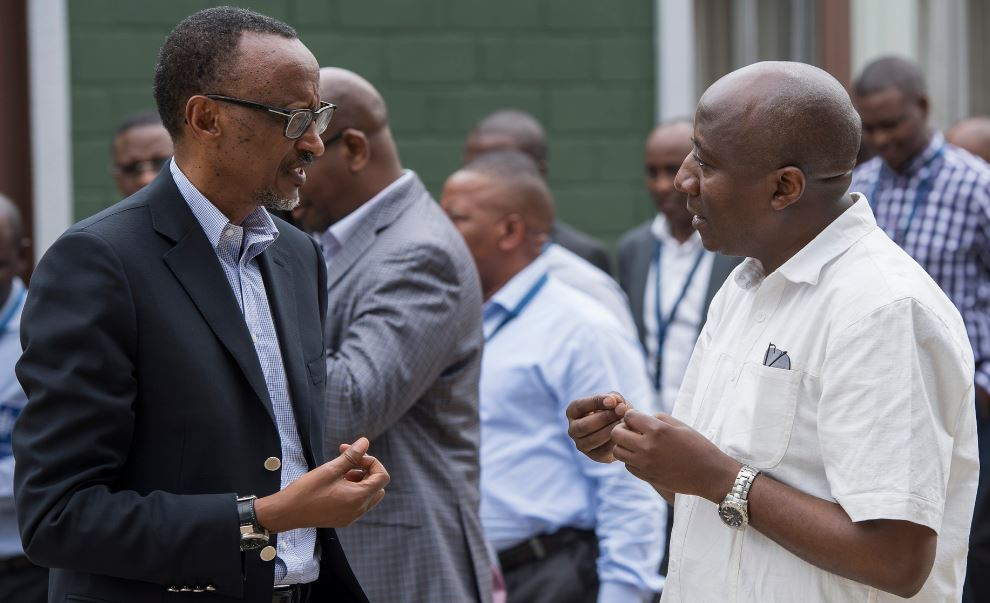 President Kagame (left) chatting with Prime Minister Edouard Ngirente during National Retreat