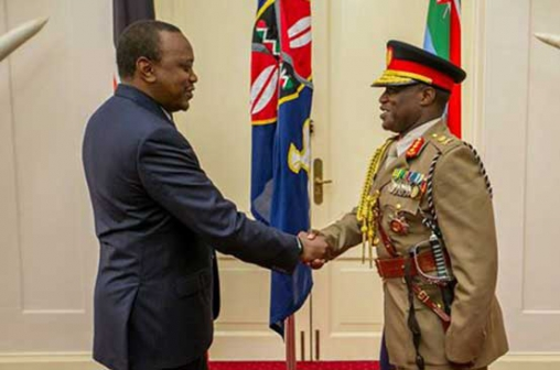 President Uhuru Kenyatta with Lieutenant General Robert Kibochi