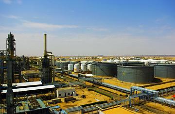 The Khartoum Refinery Co. Ltd. installation in Sudan.Photo Chen Duo / Xinhua / Sipa