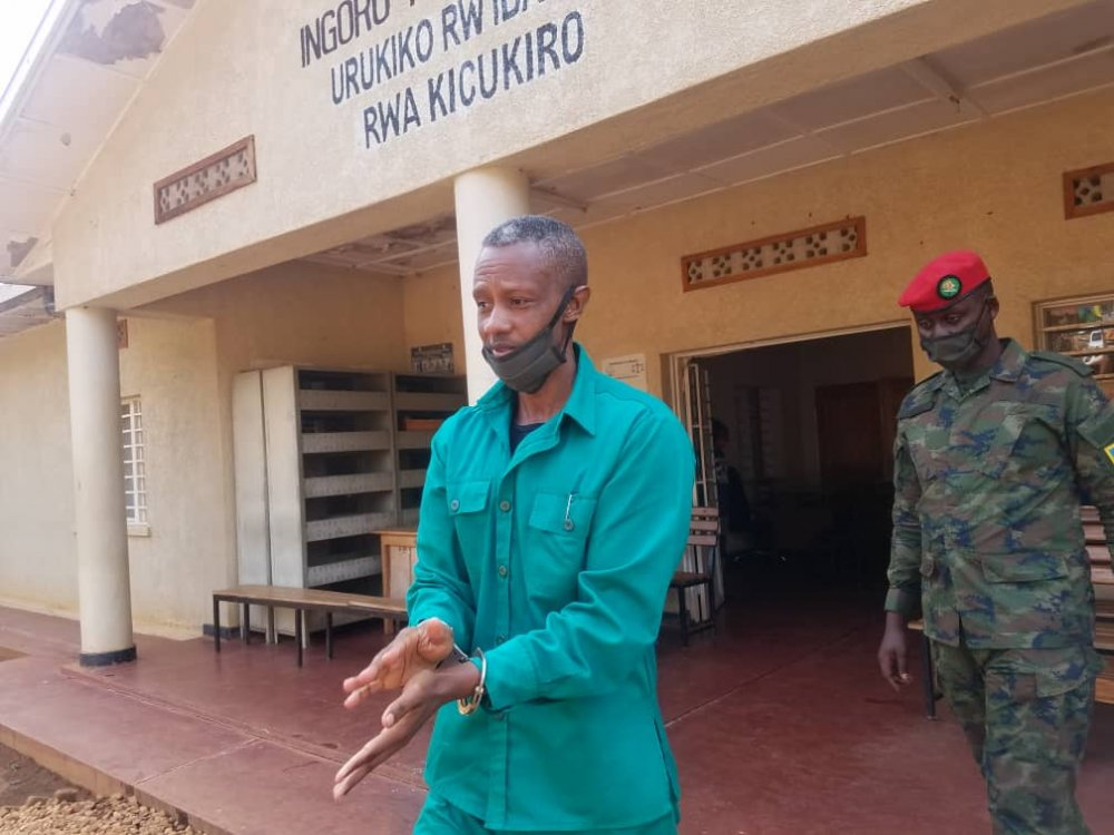 Colonel Byabagamba returining from the court on Tuesday , 21st July 2020