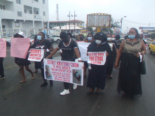 Women in South West call for end to violence in the Anglophone regions