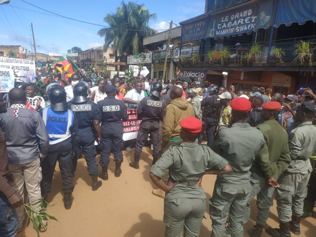 MRC Suppoters protest the arrest of their leader and other supporters