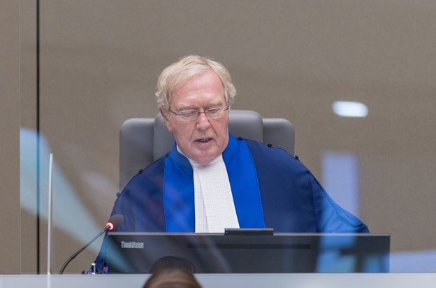 ICC Judge Howard Morrison, Presiding Judge in these appeals, reading the summary of the Appeals judgments on the verdict and sentence in the Ntaganda case ©ICC-CPI